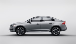 2016-volvo-s60-inscription-costs-36695-s60-cross-country-is-44495-photo-gallery_5